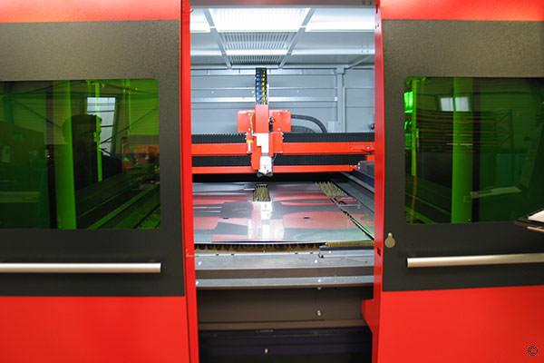 Découpe laser fibre optique