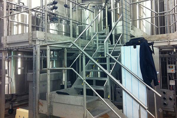 Garde-corps et escaliers industriels