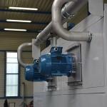 Montage moteur sur four industriel